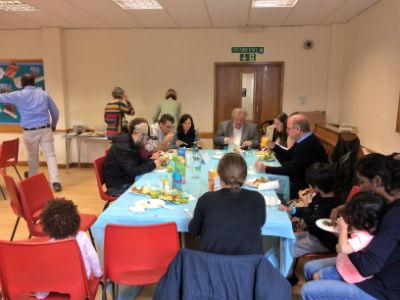 4U and Bob Gardiner share lunch