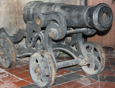 Pinchbeck Cannon: Photo C Kebbell