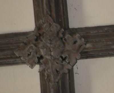 Tudor Knot: Photo C Kebbell