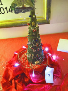 Christmas tree entry