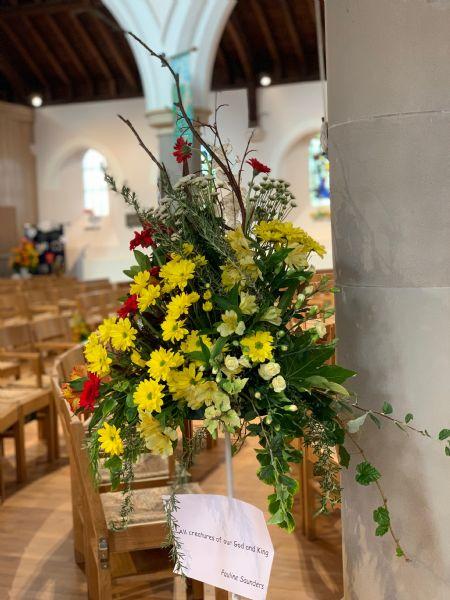 Flower Stand 16