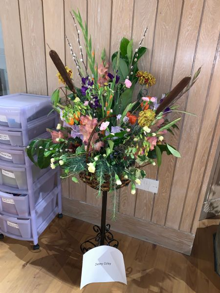 Flower Stand 15