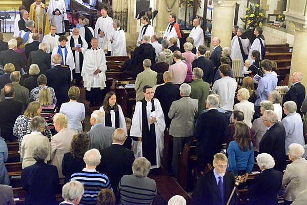 The retiring procession - Hannah and Philip