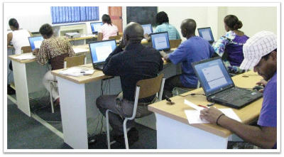 Students in a computer literacy class