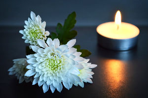 Bereavement candle-flower