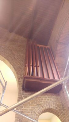 Organ pipes and speaker housing cleaned