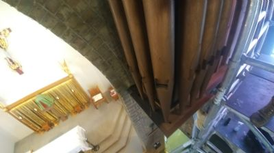 Organ pipes pre cleaning