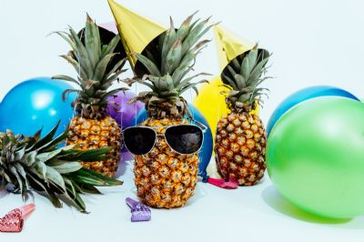Summer party accessories