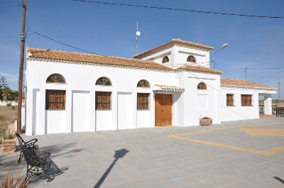 Llanos Church 2