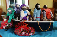 pic1 Knitted Bible