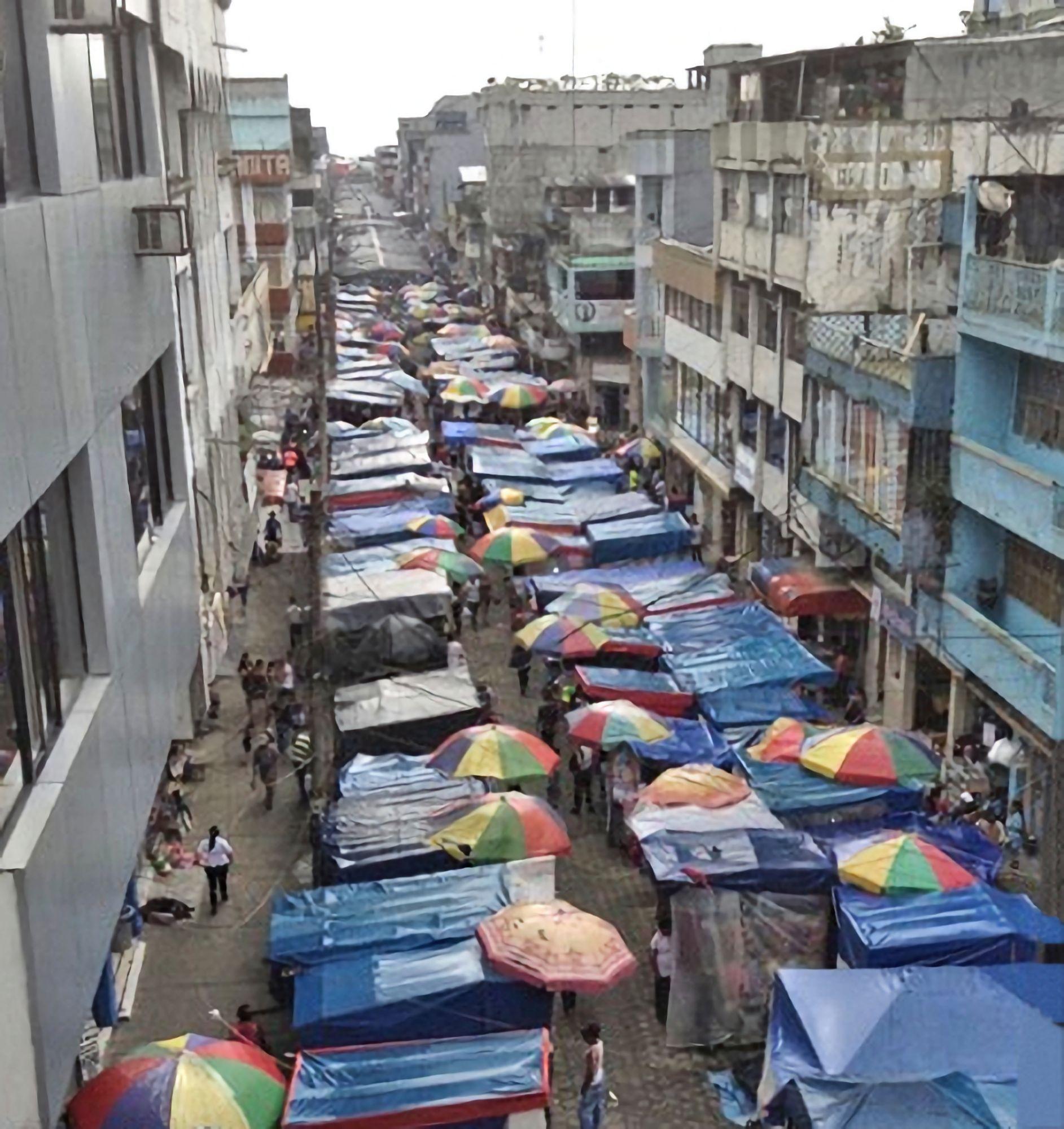 Street market Santo Domingo