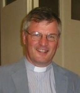 Rev Stephen Robinson