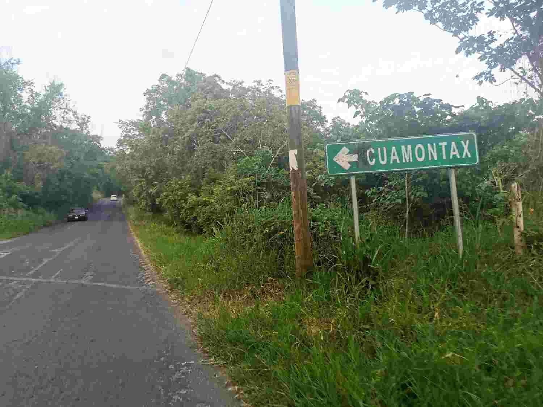 Entrance sign for Cuamontax del Huazalingo
