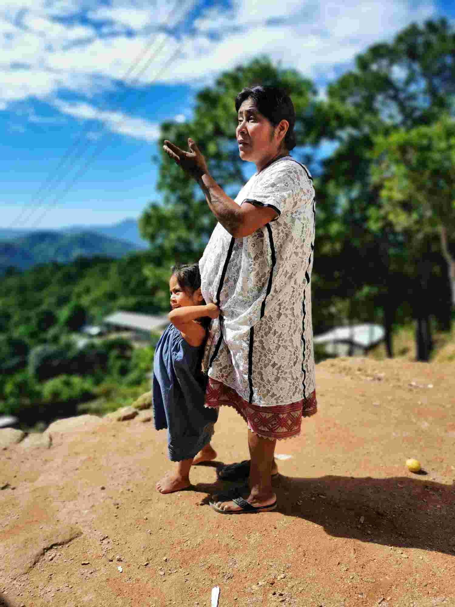 Woman and child, Guerrero