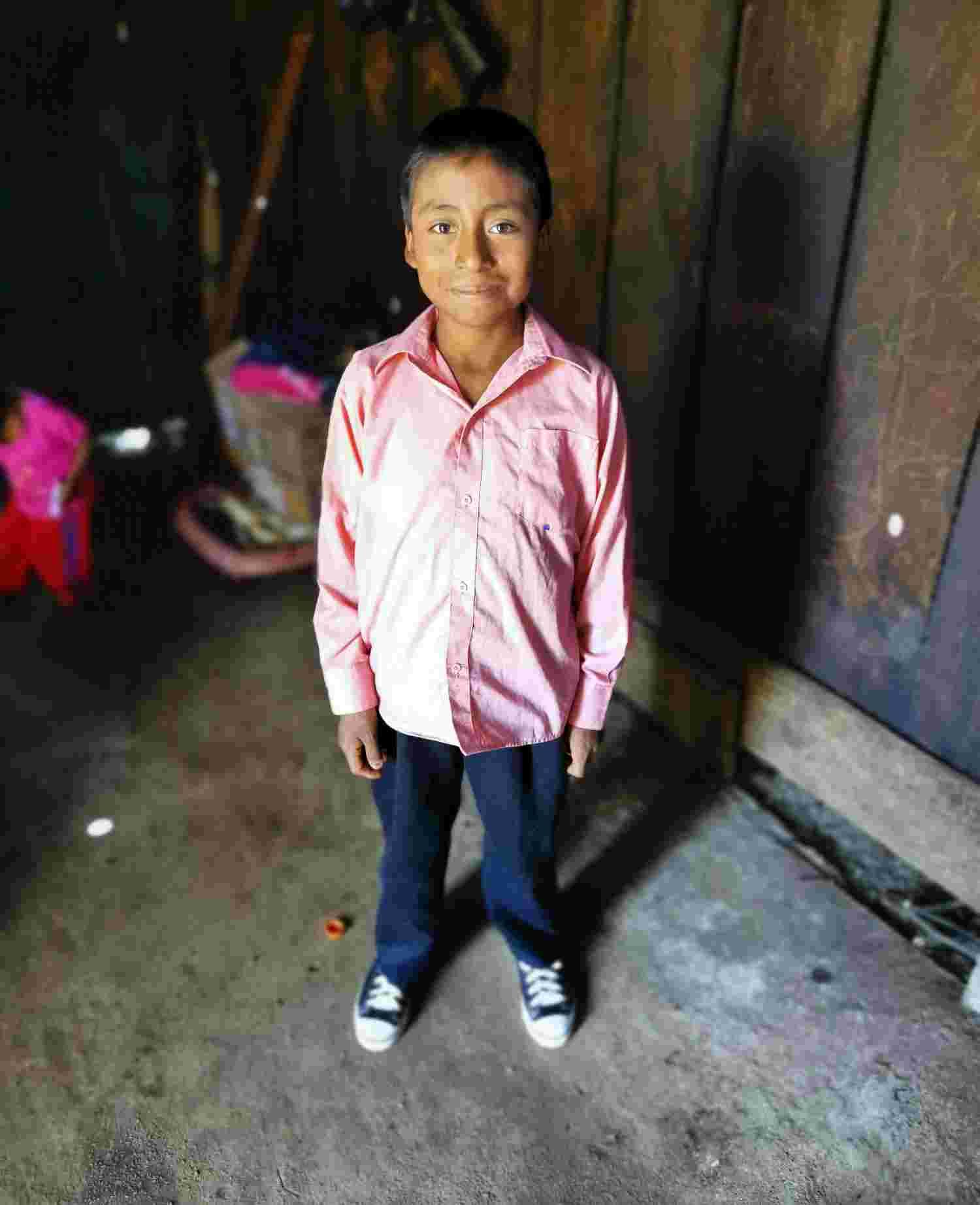 Young boy from Tajlevilhó, San Andres Larrainza Municipality, Chiapas