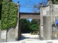 Entrance gate from the street