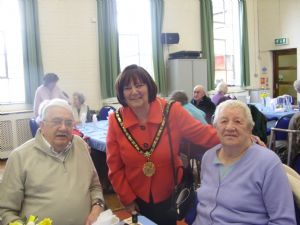 Olders person mayors visit