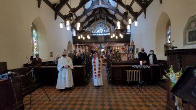 All Hallows congregation bid farewell to Revd. Karen Herschell