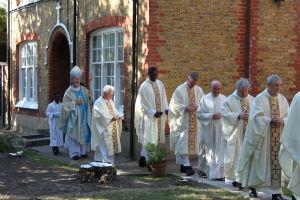 100 priests